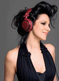 Angela gheorghiu sings poulenc les chemins de lamour videos angela gheorghiu sings poulenc les chemins de lamour videos pinterest opera fiction and novels fandeluxe Images