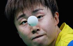 JUEGOS OLÍMPICOS DE RÍO-2016. Tianwei Feng de Singapur durante los cuartos de final de tenis de mesa.
