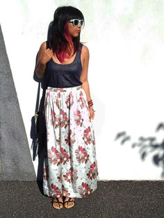 Super Easy Maxi Skirt, for those that want material other than jersey, a waistband and zipper.
