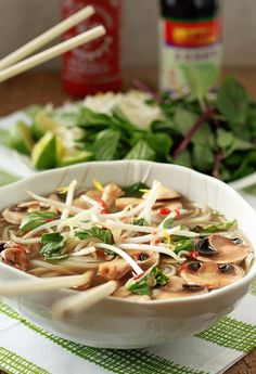 Vegetarian Pho from Scratch (with Optional Beef for the Meat-Eaters) - Kitchen Treaty Recipes Vegetarian Pho, Vegetarian Recipes, Healthy Recipes, Vegetable Pho, Ramen, Soup Recipes, Cooking Recipes, Pho Recipe, Mets