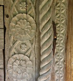 Slavuta.bis lemn portal det - Biserica de lemn din Slăvuța - Wikipedia