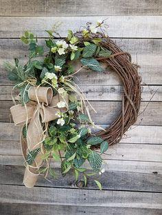 Apple Blossom / Fittonia Front Door Wreath – Wreath For Front Door İdeas. Greenery Wreath, Grapevine Wreath, Floral Wreath, Wreath Burlap, Burlap Ribbon, Front Door Decor, Wreaths For Front Door, Front Porch, Beautiful Front Doors