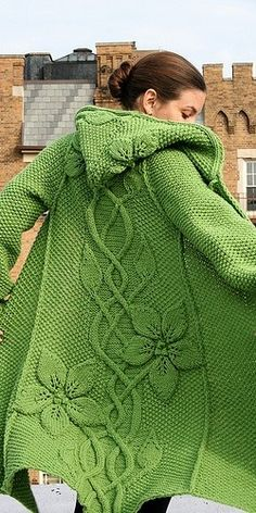 Green tricot. - Just because it made me think of you. IN red and black for fest instead of my cloak