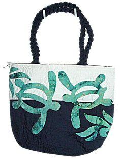 Amazon.com: HAWAIIAN HONU TURTLE QUILTED PUALANI BAG: Clothing