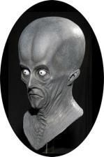 HALLOWEEN ADULT ALIEN ROSWELL CREETON  MASK PROP**EYES ARE BLUE-NOT WHITE**