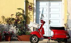 Scooter em Roma, Itália