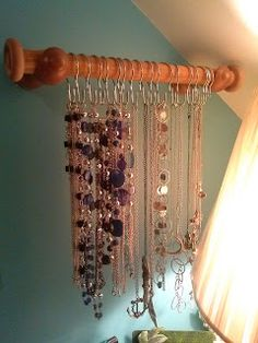 Homemade Necklace Holder using dowel rod and shower hooks  #DIY #Necklaceholder