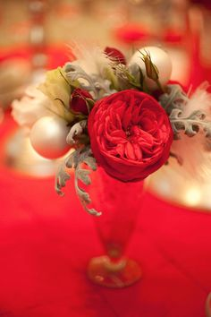 Needing this little holiday bouquet for the party tomorrow!!