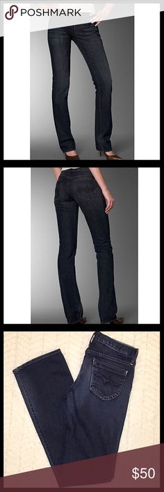 Goldsign Straight Leg Stretch Jeans Like new Goldsign 'Envy' Straight Leg Stretch jeans in a beautiful dark denim wash. Has 'Envy' embroidered on the side waistband and tonal embroidery on the back pockets. 98% cotton and 2% elastan. Inseam is 32.5 inches. Goldsign Jeans Straight Leg