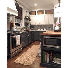 A DIY two-toned kitchen renovation
