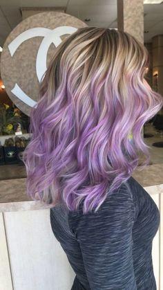 Lila Blond Balayage Haarfarbe
