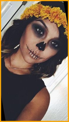 cute halloween costumes Najlepsze fryzury na halloween 46+ | Cute Halloween Costumes For Teenagers | 2020 Cute Halloween Costumes For Teens, Diy Couples Costumes, Best Friend Halloween Costumes, Easy Halloween, Costume Ideas, Halloween 2020, Easy Costumes, Halloween Skeletons, Halloween Season