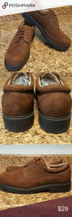 CAMBRIDGE CLASSIC Oxfords Worn once. These chocolate brown suede shoes are in terrific shape. Classic oxford style. Awesome lug soles, super comfortable. Cambridge Classics Shoes Oxfords & Derbys