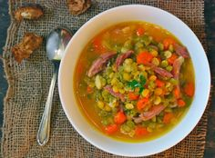 Green and Yellow Split Pea Soup with Smoked Ham Shank Ham Shank, Yellow Split Pea Soup, Clean Eating Recipes, Healthy Recipes, Pea And Ham Soup, Green Lentils, Smoked Ham, Lentil Recipes, Yummy Eats
