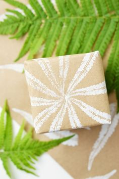 DIY Fern Stamping Gift Wrapping | Motte's Blog