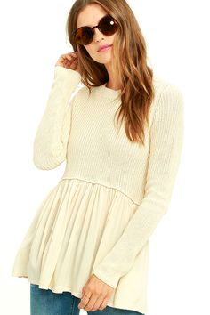 We're obsessed with the updated look of the Black Swan Rowen Light Beige Sweater! A rounded neckline and long sleeves made from soft, lightweight knit, sit atop a fun, flowy, babydoll hem.