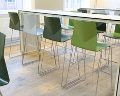 FourCast High chairs for high level working or dining. FourCast High chairs also create striking multi-height areas in combination with other FourCast seating ranges.