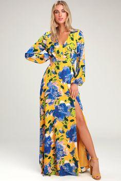 The Lulus Carolita Yellow Floral Print Long Sleeve Maxi Dress was made for luxurious resort living! Yellow Floral Maxi Dress, Cute Floral Dresses, Nice Dresses, Women's Dresses, Dresses Online, Long Dresses, Elegant Dresses, Sexy Maxi Dress, Maxi Wrap Dress