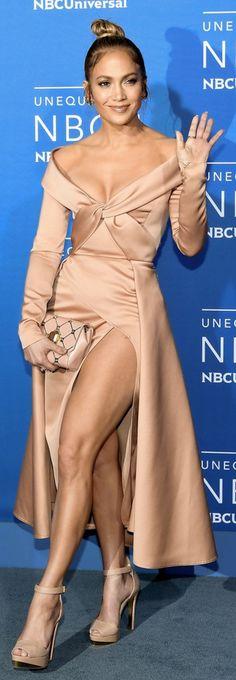 JLO: Sunglasses – Fendi    Jewelry – H Stern, Narcisa Pheres, and Le Vian    Dress and purse – Elie Saab    Shoes – Christian Louboutin