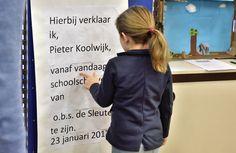Foto's van de opening in Wildervank, Groningen (23 jan 2017 – Vermeld bij gebruik: De Schoolschrijver door Dick Bots.