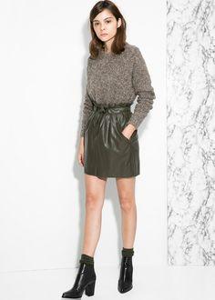 Adjustable bow skirt