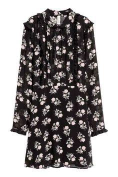 Chiffon dress with frills