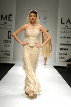 Anushka Sharma wearing a Neeta Lulla creations