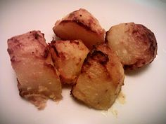 Yoghurt roast potatoes