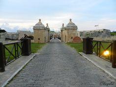 Entrada a  la Fortaleza de La Cabaña Habana