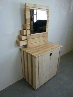 Pallet Dresser Table - Pallet Furniture: 10 Ideas to Reuse Old Pallets | 101 Pallets
