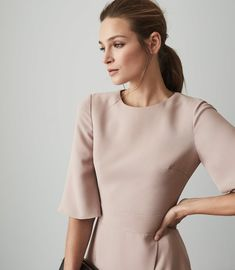 Shop our stylish contemporary womenswear ran Reiss Dresses, Wrap Front Dress, Ankara Gown Styles, Iconic Dresses, Dress Collection, Trendy Outfits, High Fashion, Cold Shoulder Dress, Women Wear