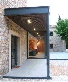 Formal arch entry from material exisiting house (painted brick) Maison Z by Mosa reference projects House Extension Design, Glass Extension, House Design, Porch And Balcony, House With Porch, Edwardian Haus, Covered Walkway, Farmhouse Architecture, Marquise