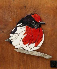 58 Ideas For Bird Sculpture Outdoor Mosaic Garden Art, Mosaic Tile Art, Mosaic Artwork, Mosaic Crafts, Mosaic Projects, Mosaic Glass, Glass Art, Mosaics, Stained Glass