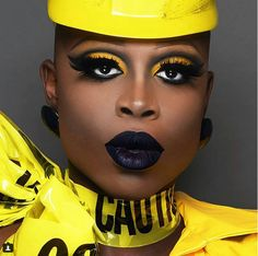 Happy birthday to our hilarious, beautiful, talented and HUMBLE winner, Bob the Drag Queen! Rupaul Drag Race Winners, Bob The Drag Queen, Alyssa Edwards, Adore Delano, Happy Birthday To Us, Gender Bender, Drag Queens, Girl Pictures, Makeup Inspiration