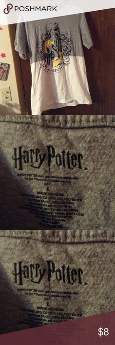 Medium Harry Potter T-Shirt Medium Harry Potter T-Shirt gently worn no major flaws Hot Topic Shirts Tees - Short Sleeve