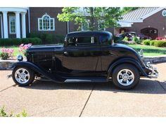 ✿1932 Ford 3-Window Coupe✿ Rat Rods, 1932 Ford, Collector Cars, Street Rods, Vintage Toys, Muscle Cars, Hot, Antique Cars, Window
