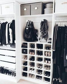 Walk in closet ideas, walk in closet design, walk in closet dimensions, walk in closet systems, small walk in closet organization Wardrobe Closet, Closet Bedroom, Master Closet, Ikea Closet, Bedroom Decor, Organize Bedroom Closets, Build In Wardrobe, Small Walk In Wardrobe, Home Organization