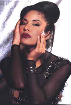 """Today we remember the beautiful Tejano singer Selena. She was murdered by the President of her fan club on March Named the """"top La. Selena Quintanilla Perez, Mexican American, Poses, Her Music, Role Models, My Idol, Makeup Looks, Celebs, Vogue"""