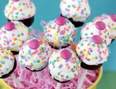 Risultato della ricerca immagini di Google per http://magazine.liquida.it/wp-content/uploads/2012/09/cake-pops-bakerella--420x325.jpg