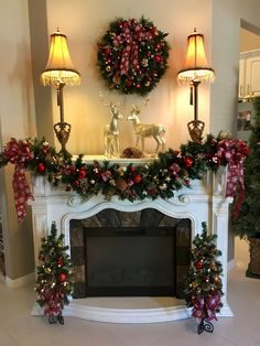 60 Awesome Fireplace Christmas Decoration To Makes Your Home Keep Warm. What thoughts come to your mind when you think of holiday decorating ideas for Christmas? Decorating fireplace mantels is a favo. Christmas Mantels, Noel Christmas, All Things Christmas, Christmas Wreaths, Christmas Crafts, Etsy Christmas, Christmas Lights, Outdoor Christmas Garland, Christmas Fireplace Garland