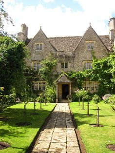 The view that greeted William Morris when he first saw Kelmscott Manor. 'A Heaven on Earth.' This grade 1 Manor House became his country retreat and inspired many of his designs.