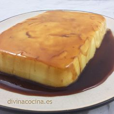Flan de limón » Divina CocinaRecetas fáciles, cocina andaluza y del mundo. » Divina Cocina Jello Recipes, Sweets Recipes, Mexican Food Recipes, Cooking Recipes, Custard Desserts, Brownie Desserts, Fun Desserts, Boricua Recipes, Puerto Rico Food