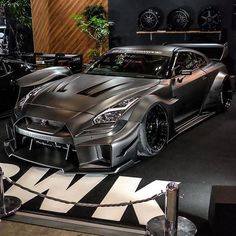 What do you guys think of the new Liberty Walk kit for the GTR? Luxury Sports Cars, Exotic Sports Cars, Cool Sports Cars, Sport Cars, Custom Muscle Cars, Custom Cars, Liberty Walk Gtr, Nissan Gtr Wallpapers, Gtr 35