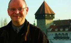 Buch, Kultur und Lifestyle - Interviewseite Helga König und Peter J. König: Helga König  und Peter J. König im Gespräch mit Dr...