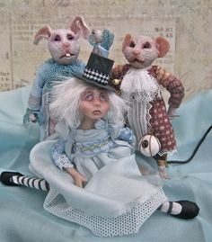 Alice and friends By The Giddy Kipper