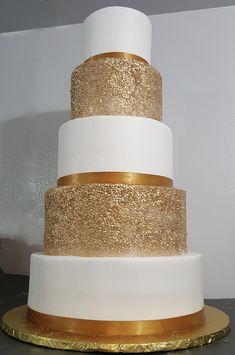 Calumet Bakery Gold Confetti Wedding Cake