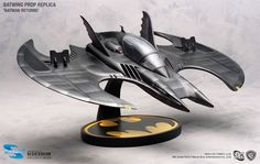Sideshow Collectibles is proud to present the outstanding collectibles by Hollywood Collector's Gallery and Toynami. This breathtaking replica of the Caped Crusader's amazing plane from the 1989 film