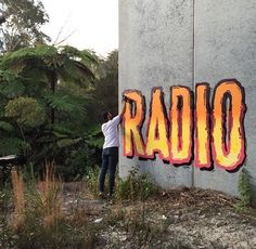 Artwork by @radiohey #calligraphy #typography #writing #lettering #radio #dope #awesome #drawing #painting #sprayart #spraypaint #drawing #painting #arteurbano #streetart #graphicdesign #contemporaryart #design