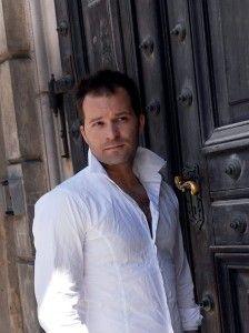 Z Damianem Aleksandrem, śpiewającym aktorem teatralnym i filmowym o zaletach kosmetyków z Kolagenem Naturalnym Colway rozmawia Joanna Turek.                                       Kosmetyki z kolagenem świetnie regenerują moją skórę  http://instytutmlodosci.com.pl/kosmetyki-z-kolagenem-swietnie-regeneruja-moja-skore/