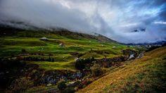 Into the clouds we go 😱🏔🚙💨 [ Location: Furkapass - Valais, CH ] #BurnTheBucketlist 🔥 Follow us on Instagram @burn_the_bucketlist 😉